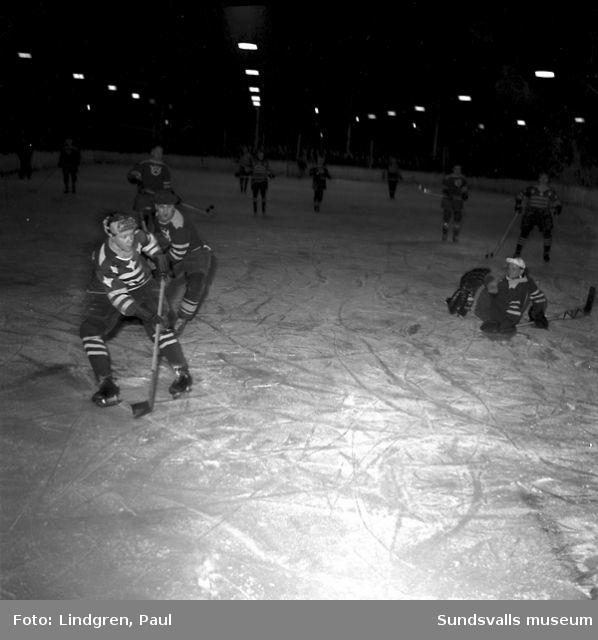 Ishockey, Wifsta-Östrand - Nyland.