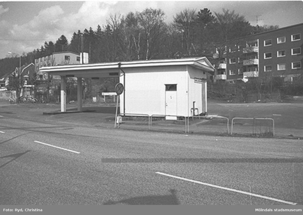 En bensinstation på Gamla Riksvägen 61 i Kållered år 1991.