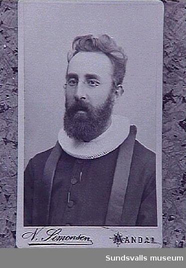 """""""Onkel Olaf Mohr"""". Gift med en av Anna Braathens systrar."""