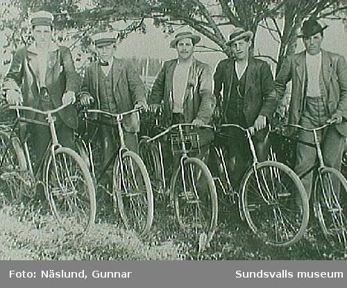 Cyklister på 1920-talet, kamrater till Gunnar Näslund.