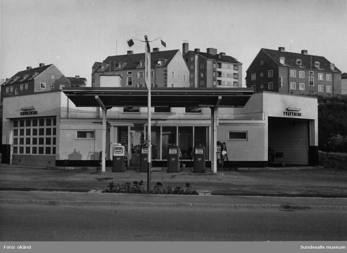 BP-stationen Sollefteå. Köpman/Ägare: Henrik Mellberg, Föreståndare:  D. Östman.