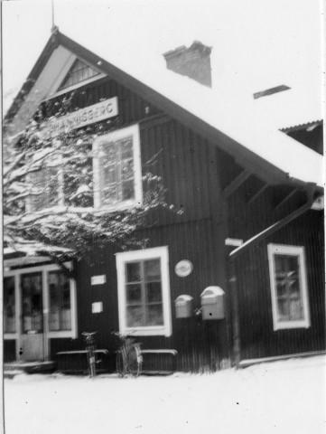 Till herr postdirektören Gustaf Adolf Sundman från Nedre Norra kretsen av Sveriges poststationsföreståndareförening, 1947-12-05.