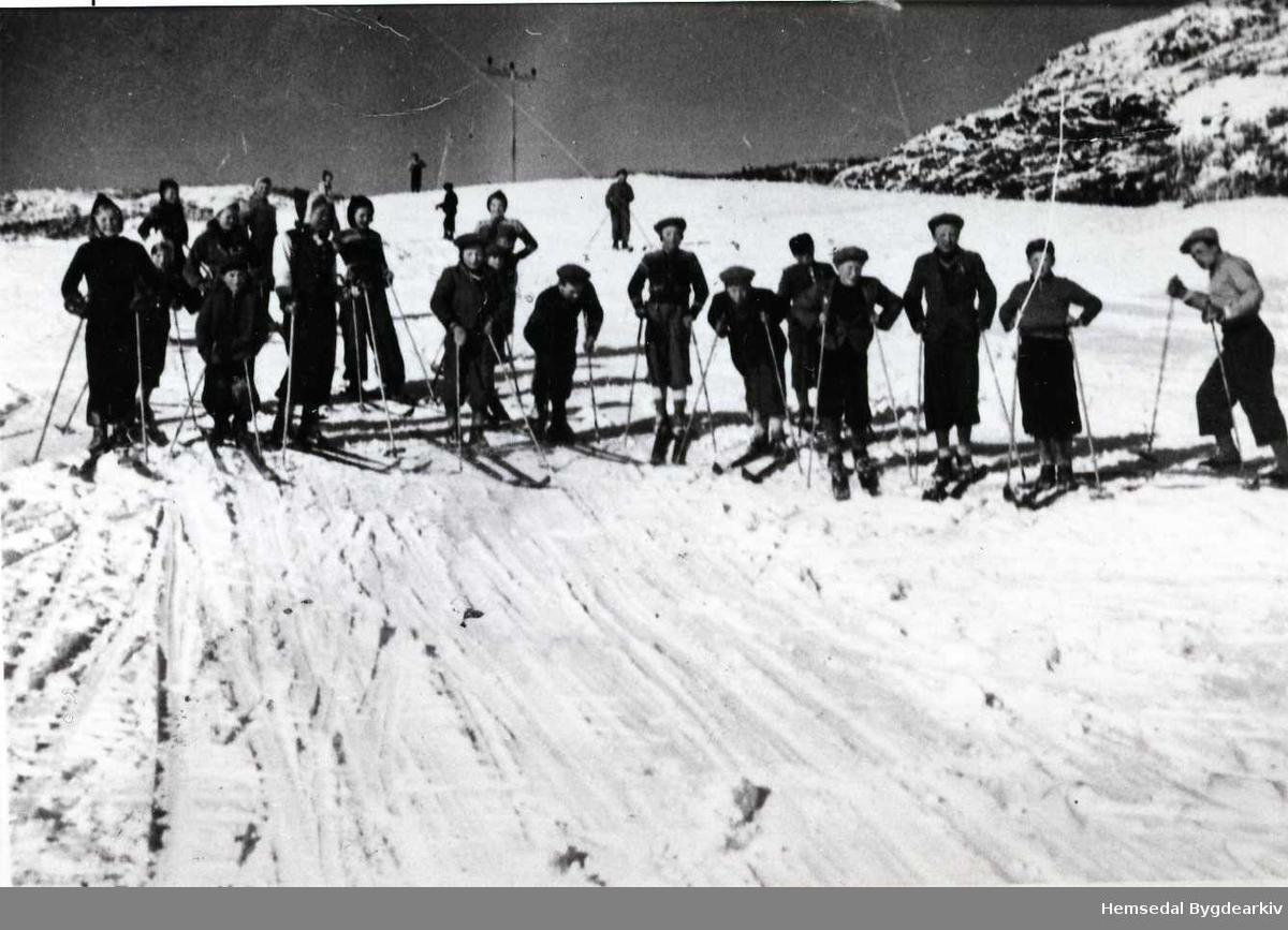 Skidag på Fauskejordet (Fauskojorde) ca. 1939