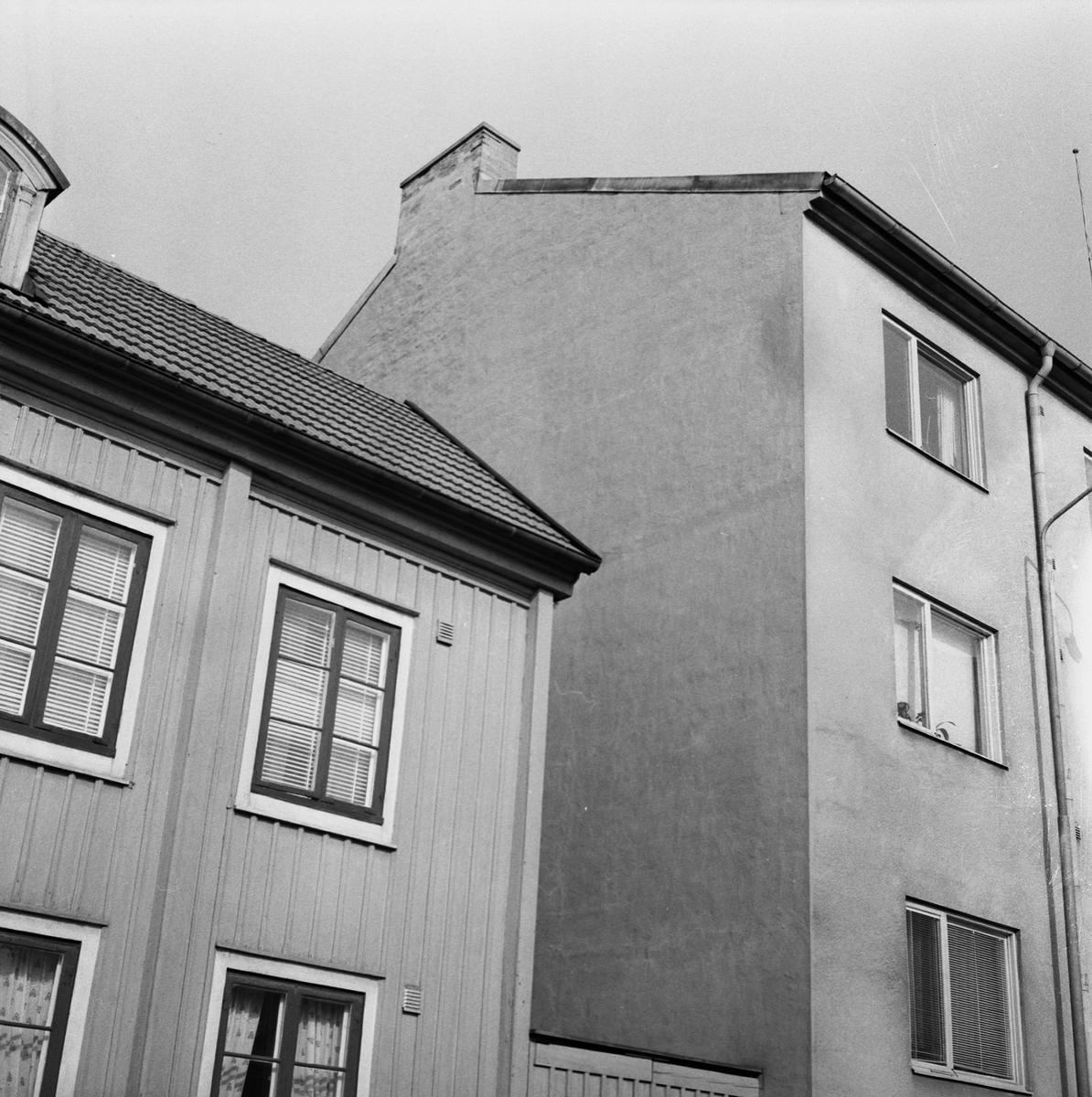 Övrigt: Fotodatum:1/2 1961. Byggnader och Kranar. Varvsgatan 26. Bildnr:1