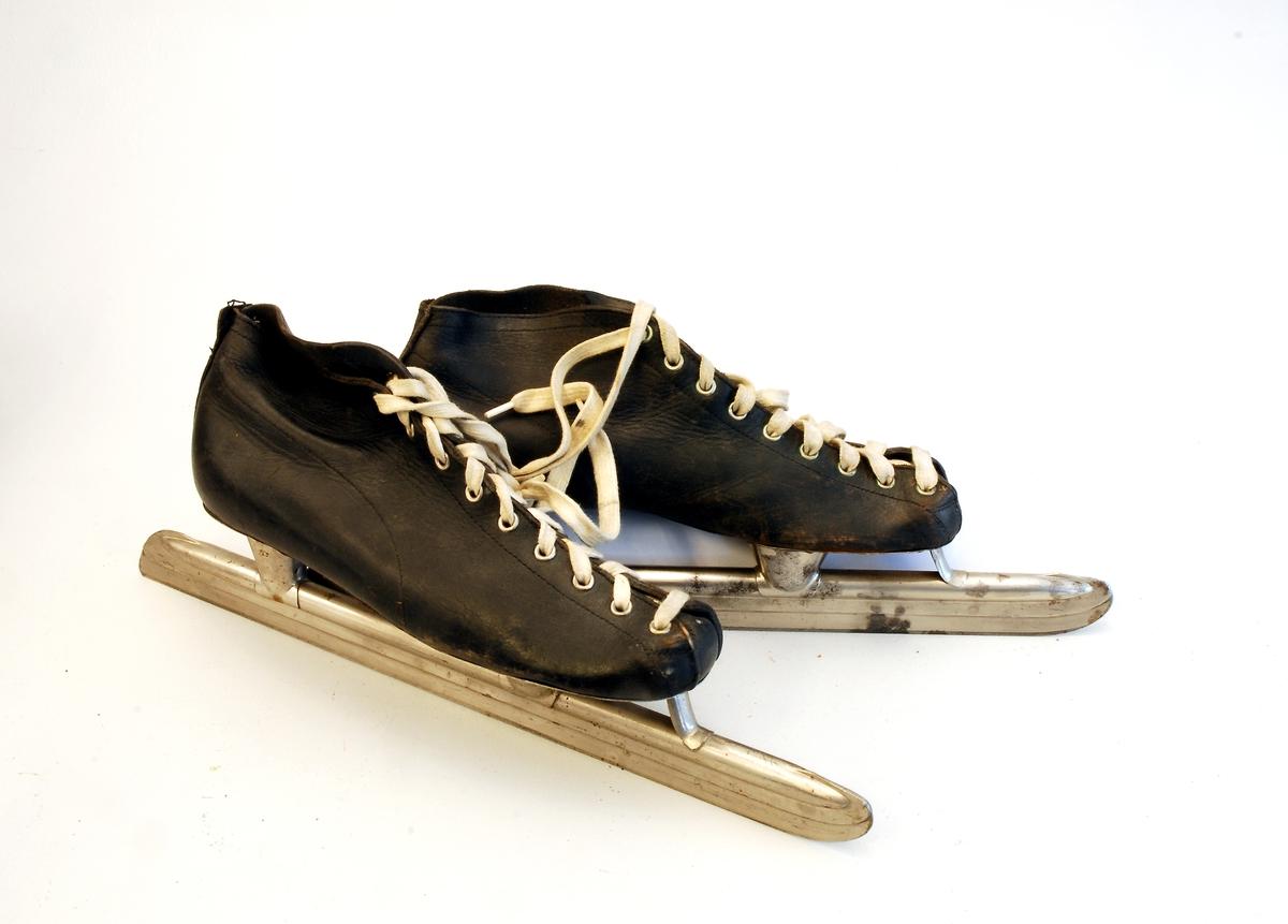 Skøyter med påmontert sko.