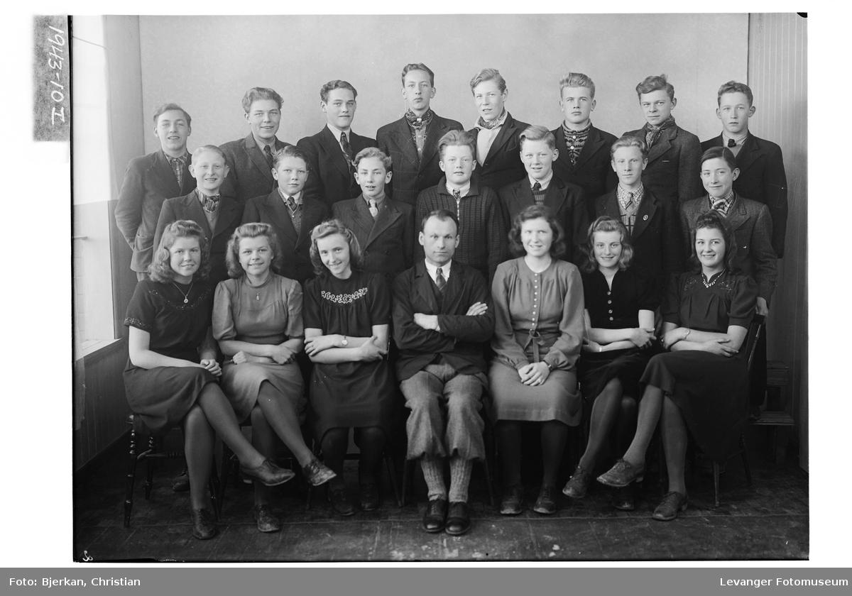 Levanger Realskole, 2. klasse i 1943