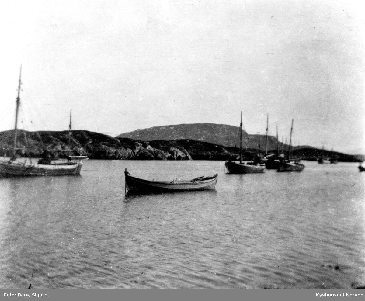 Flatanger kommune, rednignsskøyte og fiskebåter