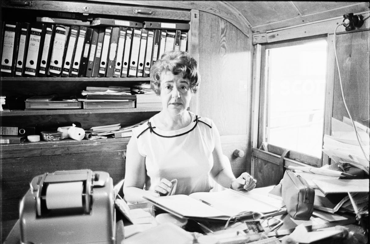 Cirkus Scott, fru Bronett i kassavagnen, Uppsala, juni 1965