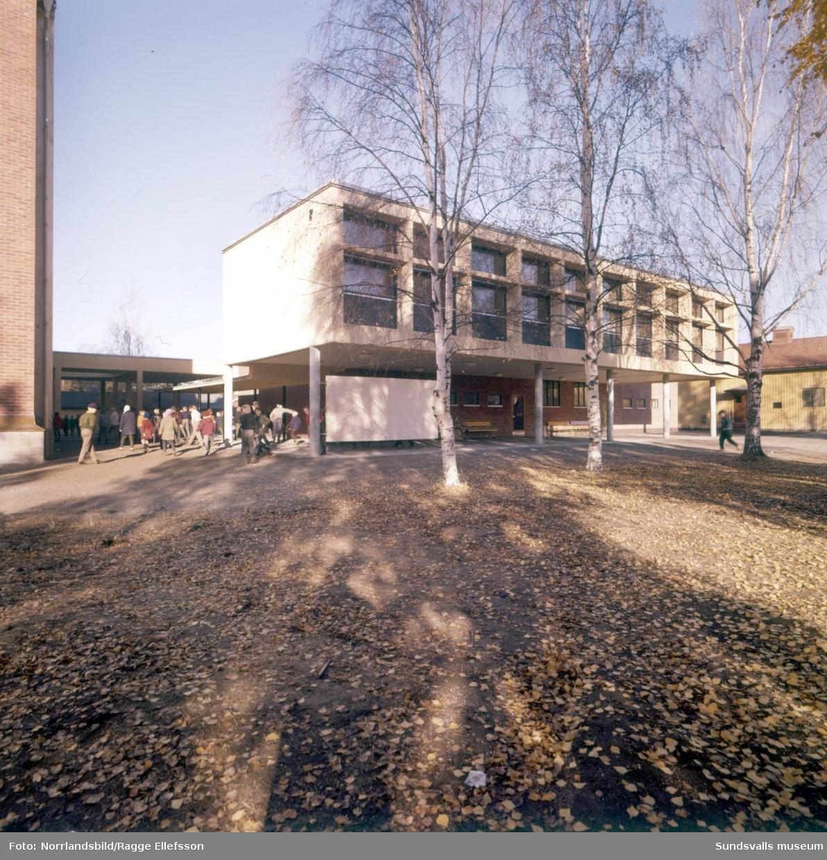 Matfors skola 1960, exteriörbilder.