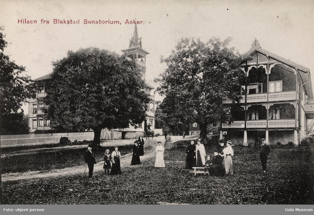 Blakstad Sanatorium, hage, mennesker
