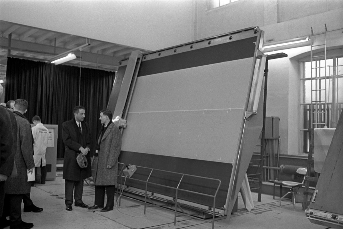 Ny stor tegnemaskin, desember 1967.