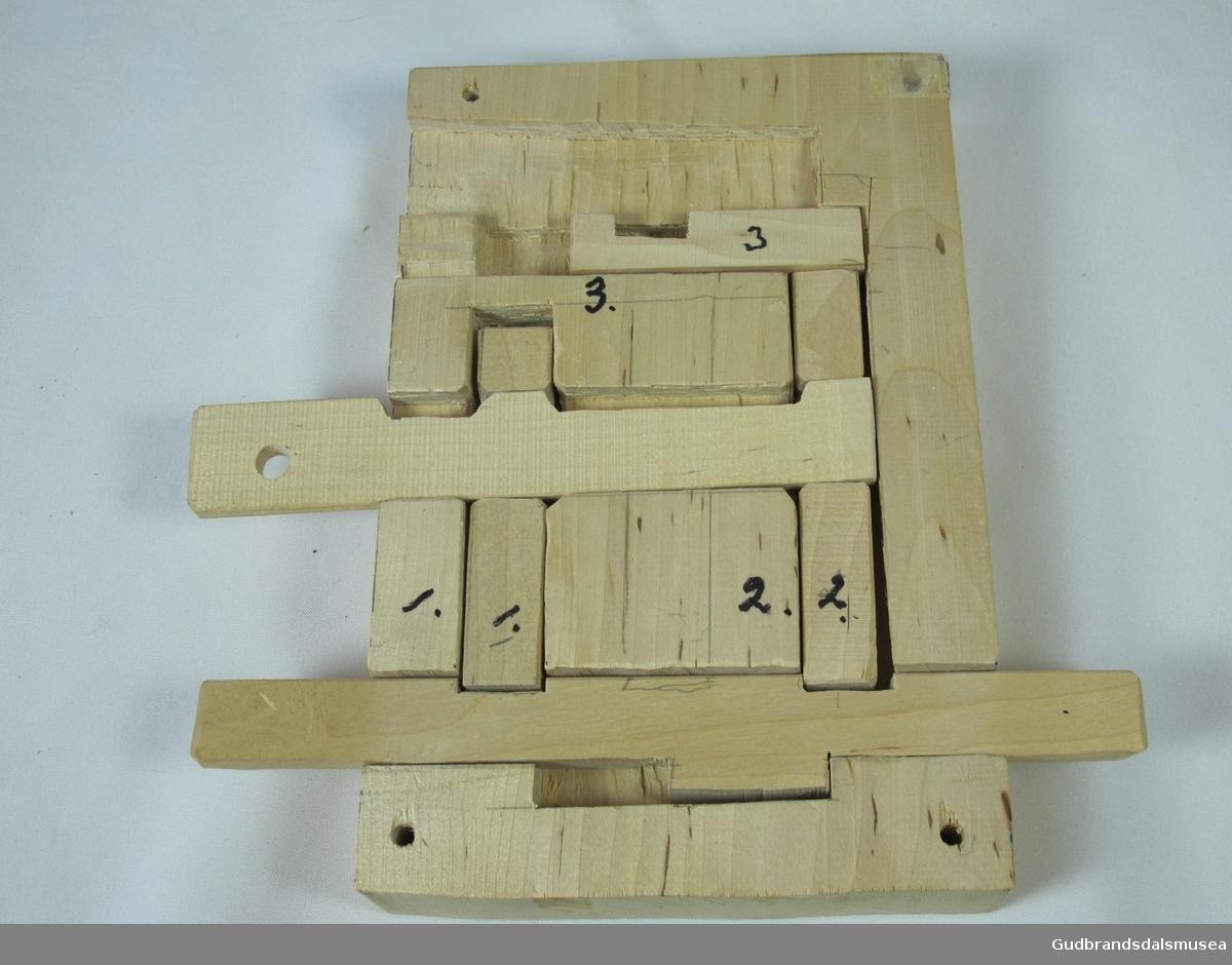 Trelås består av 6 deler.