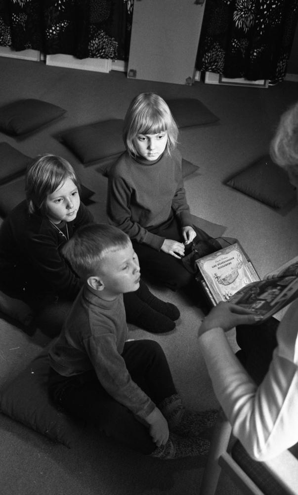 Sagostund stadsbiblioteket 18 januari 1967.