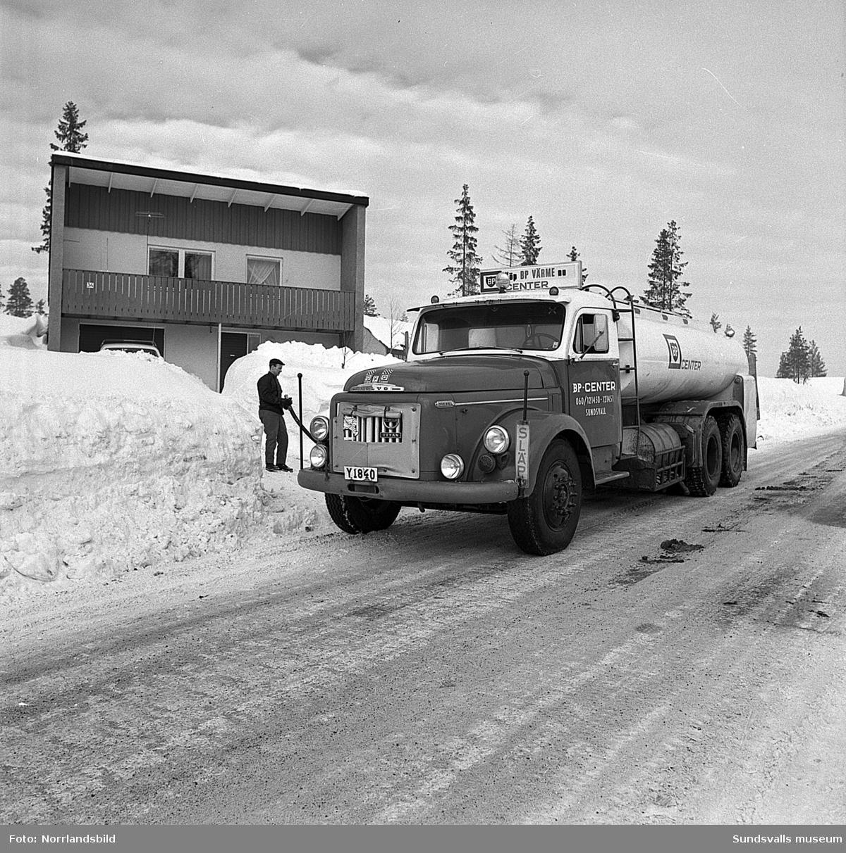 Leverans av eldningsolja till en villa på Hemmansvägen 34 i Sundsvall.