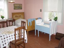 Stua i 30-talls leiligheta hvor du i dag kan se hvordan klevfosarbeideren og familien hans bodde.