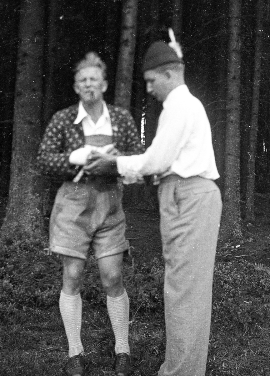 Birger Ruud with comrade at Ruudhytta