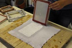 Håndlaget papir (Foto/Photo)