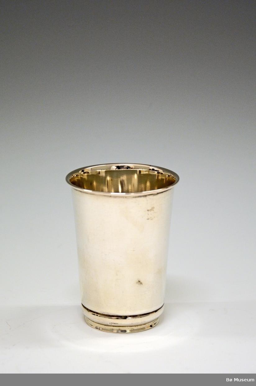 Sølvpokal uten innskrift. Stempel: 830S (Merke: Kristian M. Hestenes, Bergen)