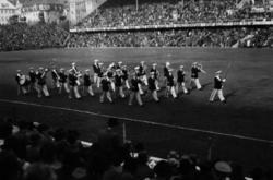 AIK orkestern spelar före fotbollsmatchen(mellan AIK-ÖSK), v