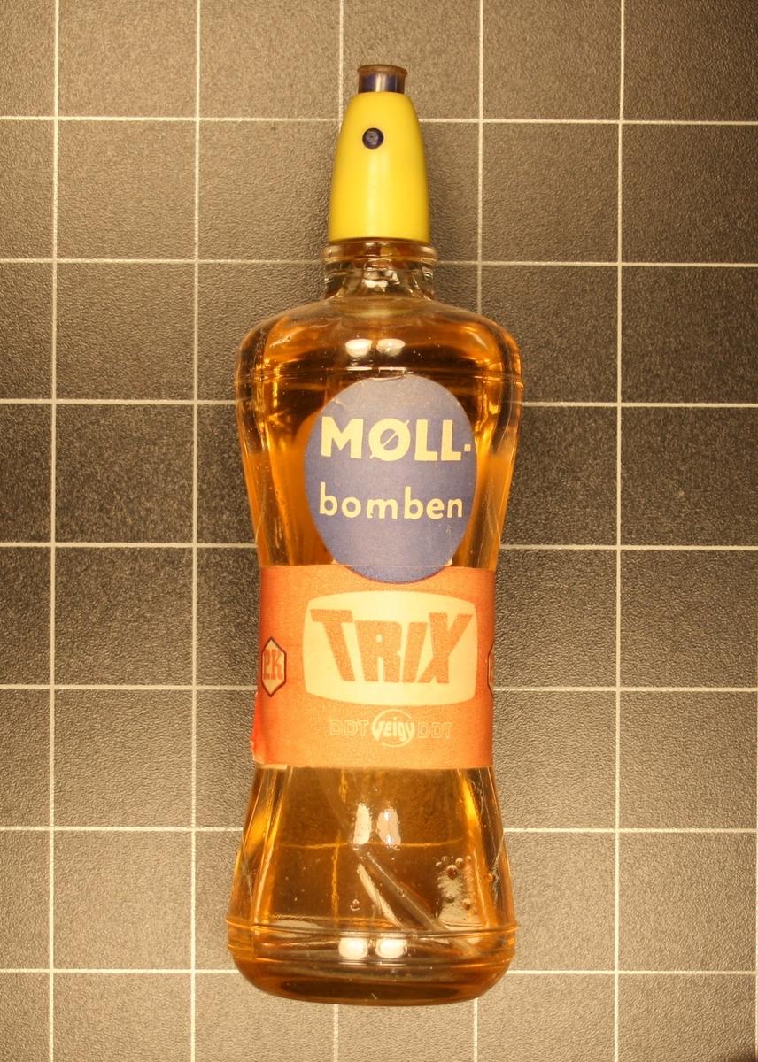 Form: Avlang flaskeforma med spraykork.
