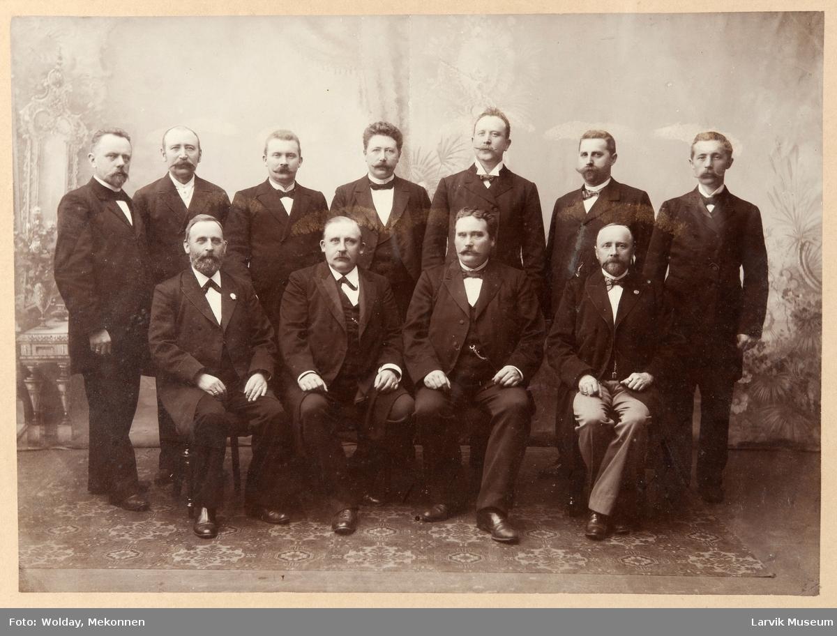 Laurvigs Handelsstandsforenings Bestyrelsesmedlemmer 1897 -1900.