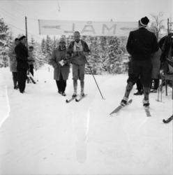 """Vardens arkiv. """"Politimesterskapet""""  09.02.1954"""