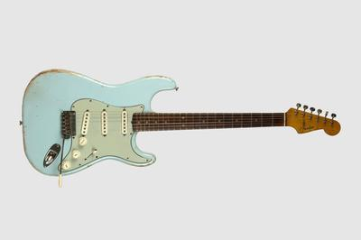 Fender Stratocaster Sonic Blue. Foto/Photo