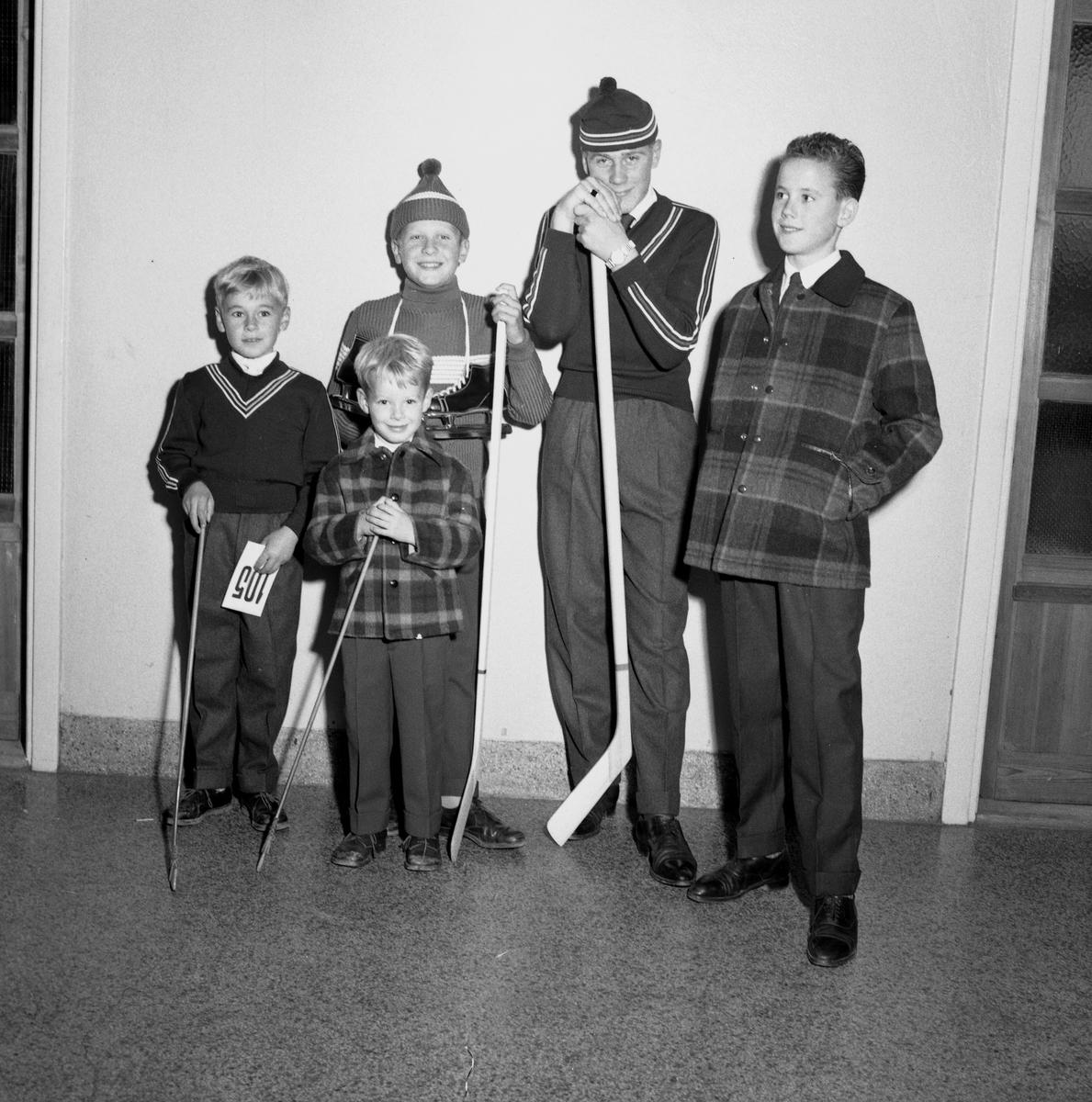 Mannekänguppvisning. 23 september 1955.