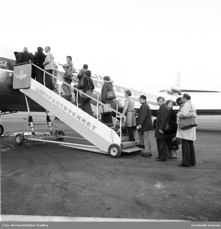 Bildserie från resebyrån Trivselresors första charterflyg från Midlanda till Kanarieöarna.