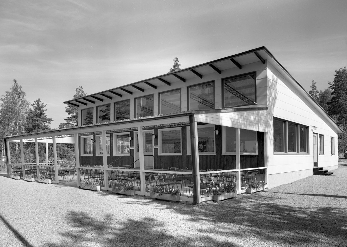 Serveringsbyggnaden vid Ingestrands camping 58-08-13.