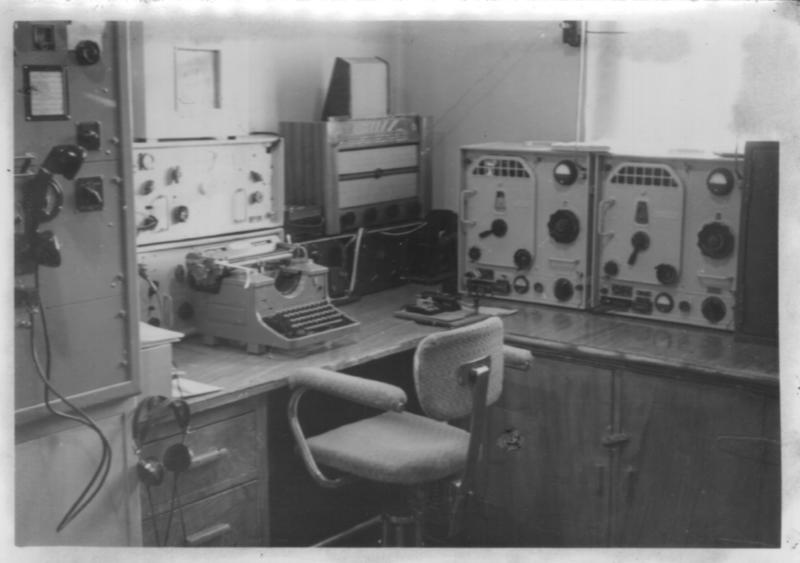 Radio- og kringkastingsstasjoner. Ny-Ålesund interiør