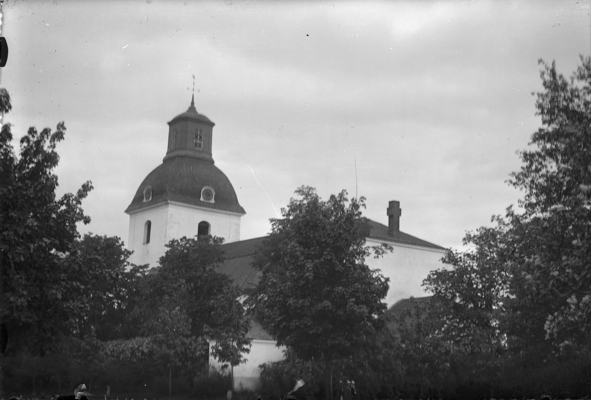 Ovansjö kyrka i Kungsgården.