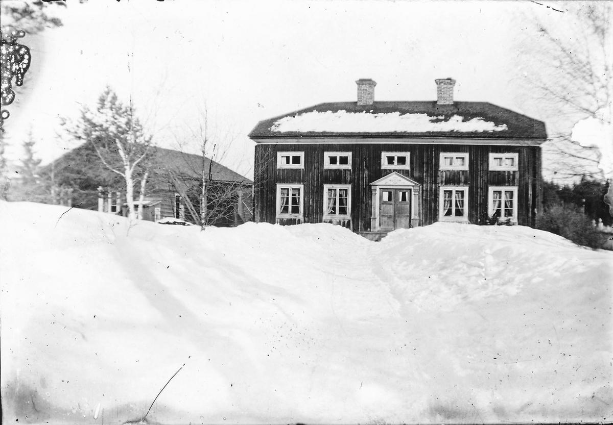 """""""Lindbergs"""" i Östansjö."""