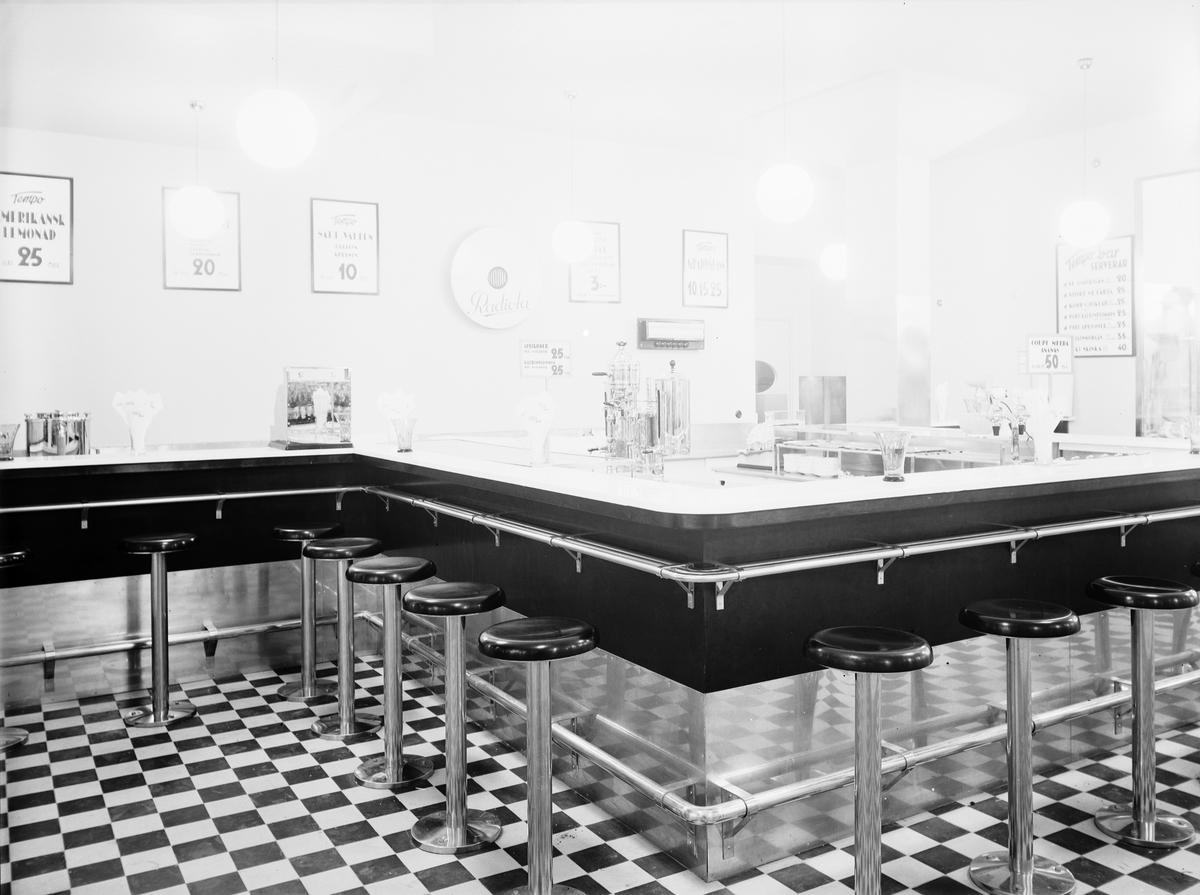Tempovaruhuset öppnades den 29 november 1934 ett varuhus å 900 kvadratmeter.