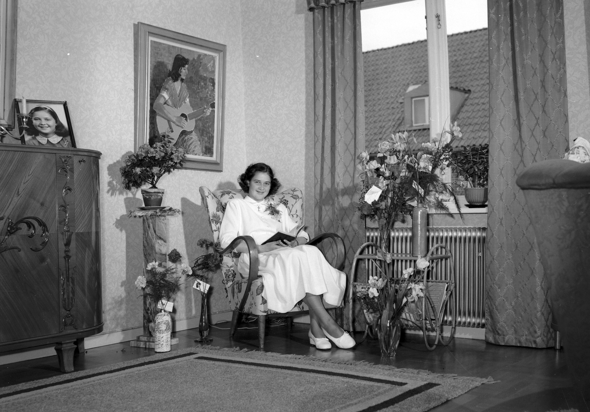 Ehlin, konfirmand i hemmet. 27 april 1952.