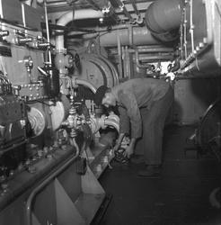 Julbåt till fyrskepp. December 1948.