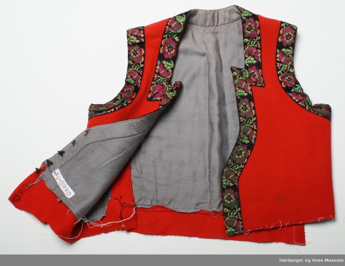 Kanta med silkeband 3 krokar og 2 hekte