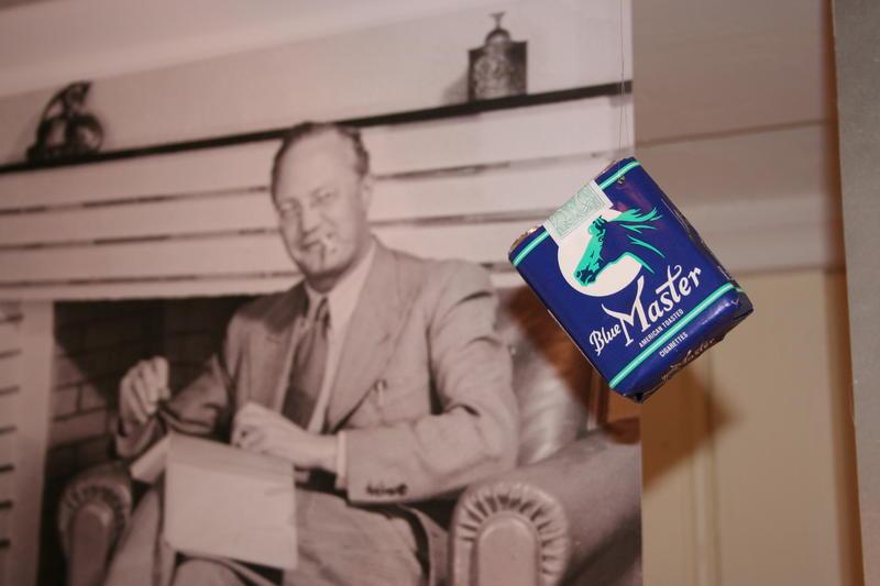 Blue Master var Sigurd Hoels favorittsigaretter, og han røykte dem ofte.  (Foo: Ingun Aastebøl)