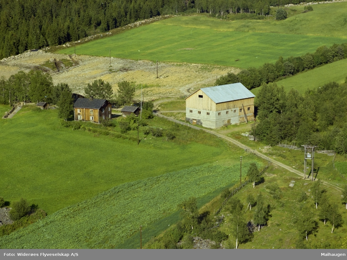 Bjørkeli, småbruk, ny låve, Øverbygda, Østre Gaudal