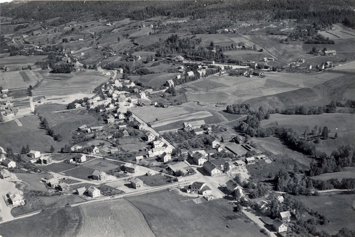 Flyfoto av Bøgata