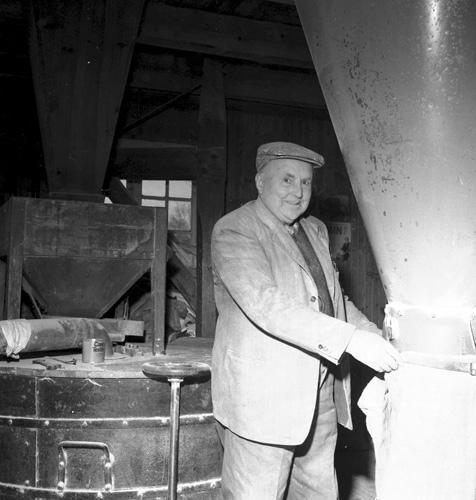 Mjölnare Einar Carlsson år 1973