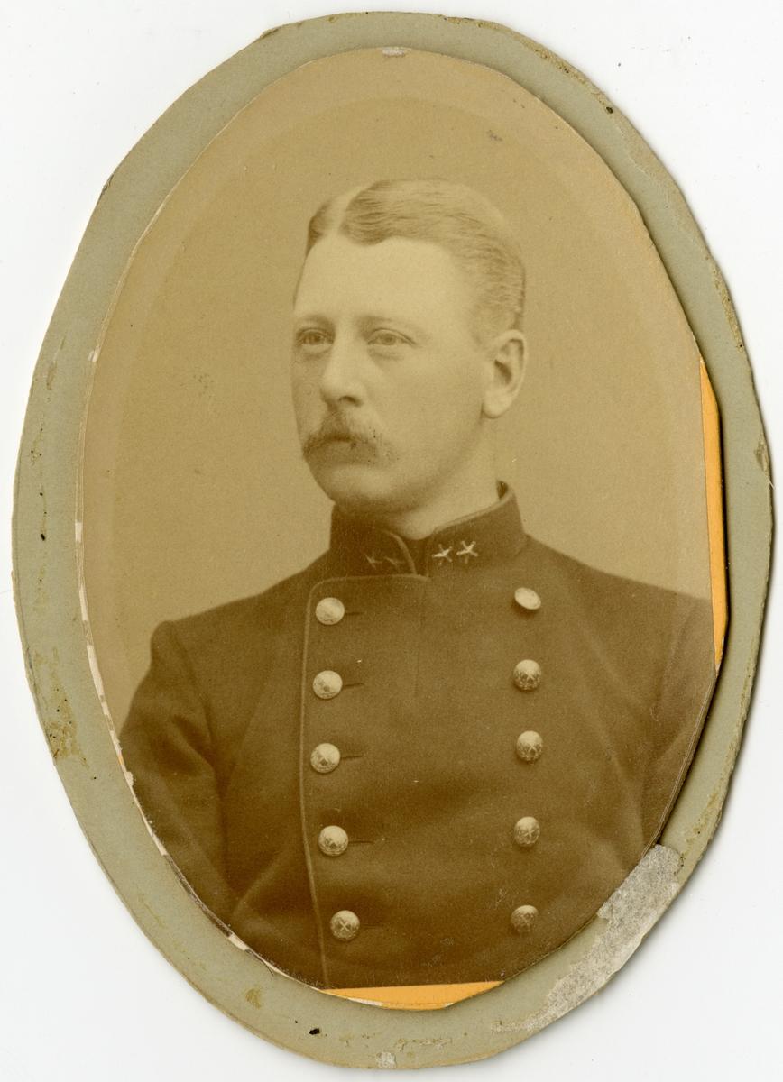 Porträtt av Johan Gustaf Fabian Wrangel, överstelöjtnant vid Generalstaben. Se även AMA.0009215, AMA.0009232, AMA.0009233 och AMA.0009202.