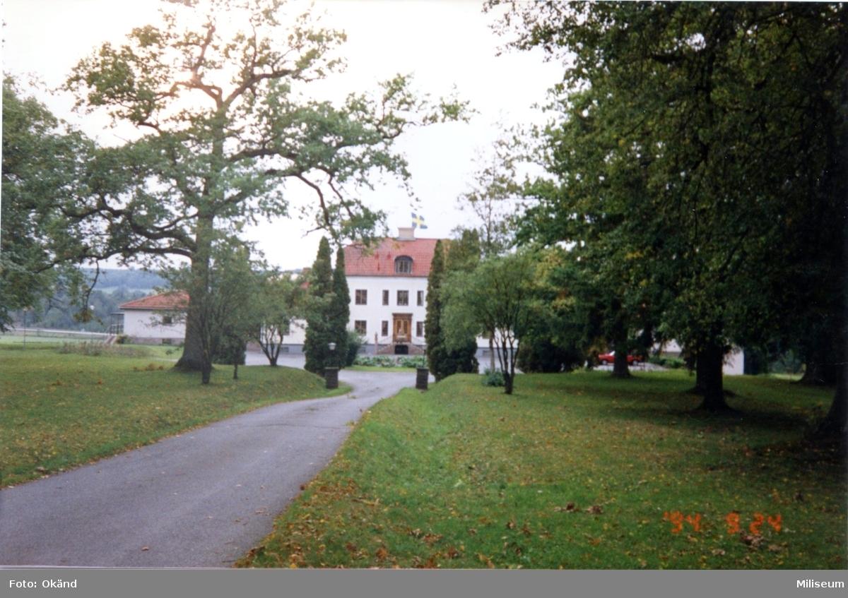 50-årsminnet av svenska beredskapen (på A 6-området).