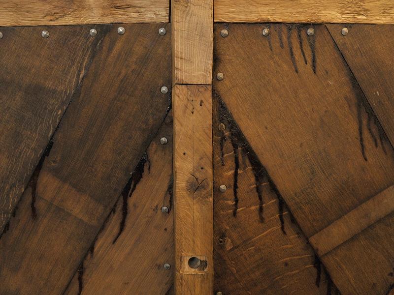 Detalj av trebåten Vaaghals, planker og nagler.