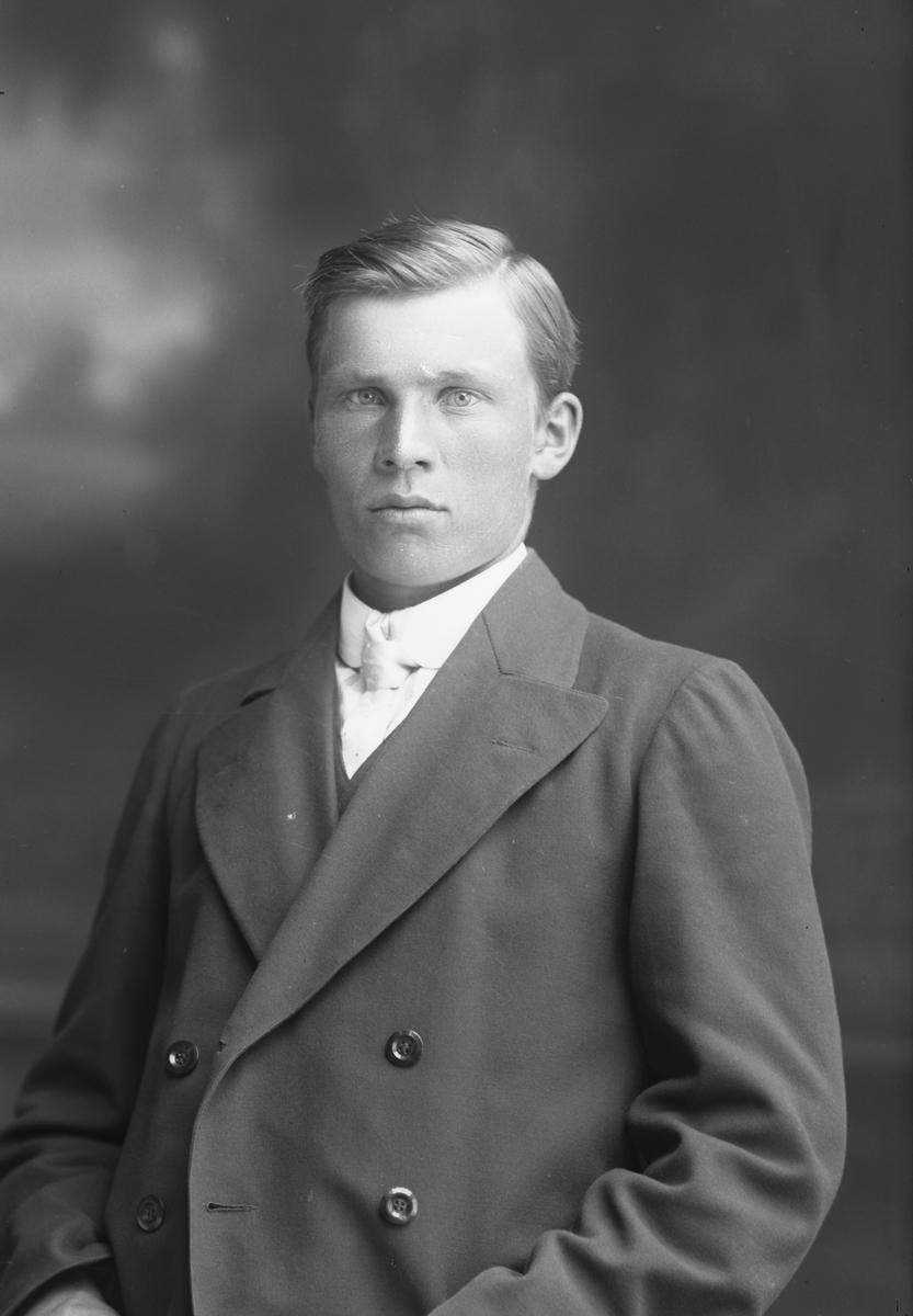 Oskar Gustafsson, Norra Fiskargatan 18, Gävle