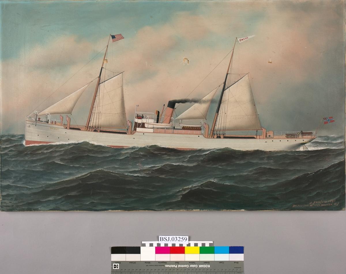 Skipsportrett av dampskipet GWENT under fart med seilføring i åpen sjø med amerikanske flagg i mast samt unionsflagg akter.