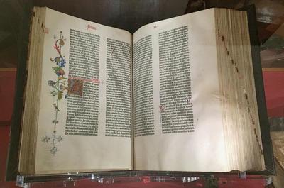 Gutenbergs_bibel_1.tif