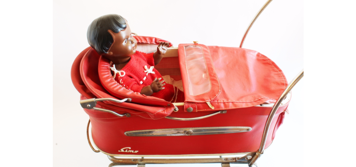 Rød dukkevogn