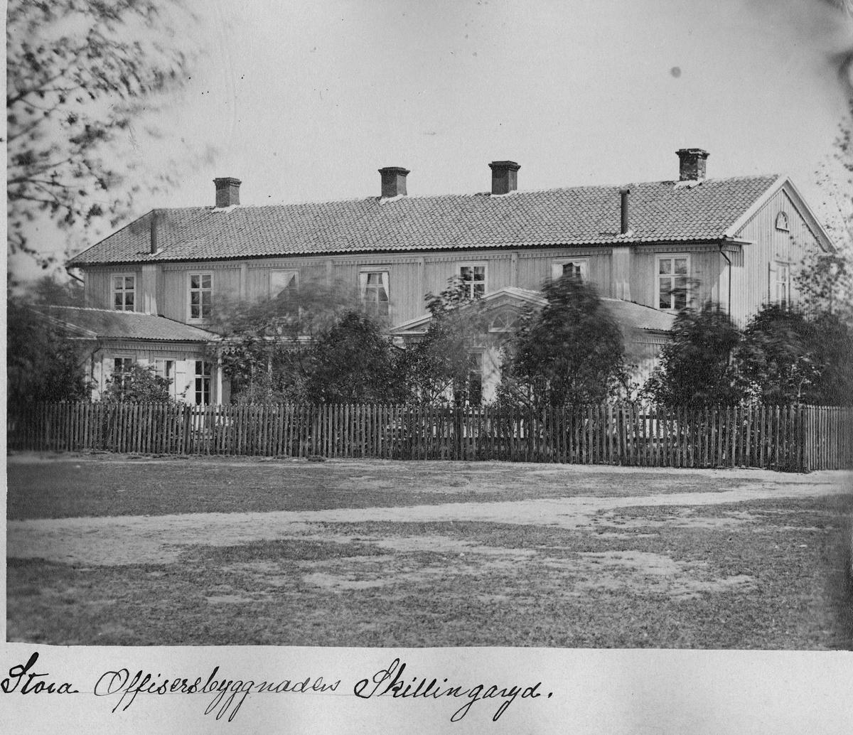Stora officersbyggnaden i Skillingaryd.