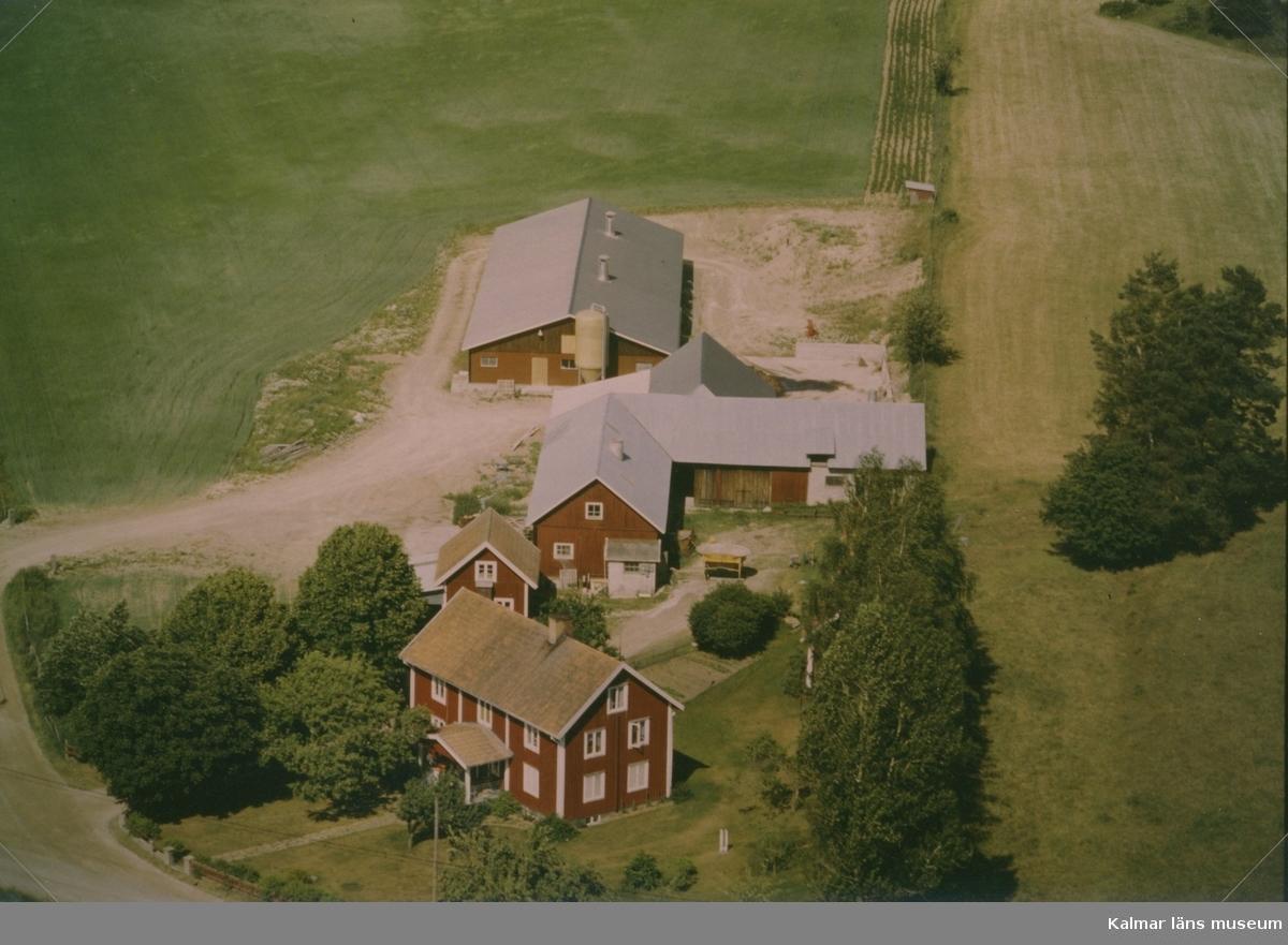 Flygfoto över gården Danket i Högsby.